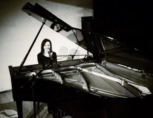 delaurentis.piano